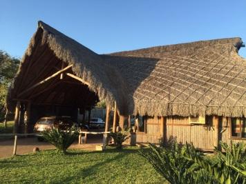 Follow us Two Mozambique (3)
